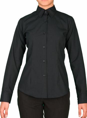 Blusa entallada color negro manga larga