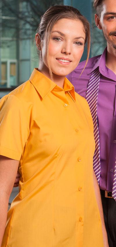 blusa de señora entallada manga corga